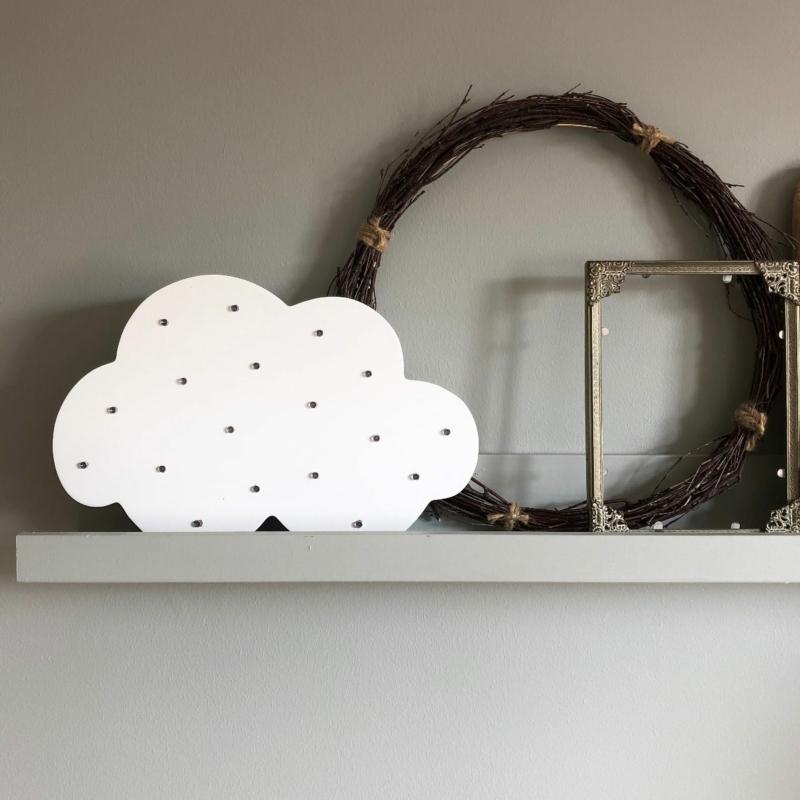Felhő alakú LED-es lámpa Jabadabado